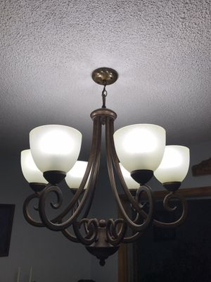 Matching Chandelier and Scones for Sale in Vancouver, WA