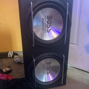 12 inch subwoofers Bluetooth Kenwood radio for Sale in Virginia Beach, VA
