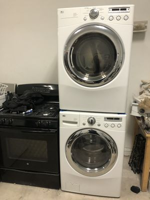 LG front load washer & LG front load gas dryer set for Sale in Chicago, IL