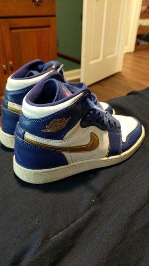 Jordan 1 retro high gold medal GS size 4.5Y for Sale in Raleigh, NC