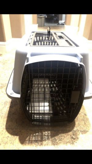Kennel with 2 doors for Sale in Clovis, CA