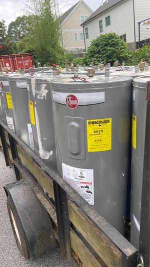 40 gallons electricity water heater for Sale in Ellenwood, GA
