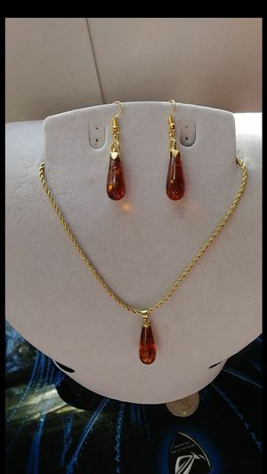 Vintage stock genuine fire amber dangle earings gold plated rope chain and hooks for Sale in El Sobrante, CA