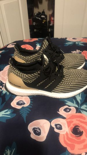 Men or women adidas for Sale in Kissimmee, FL