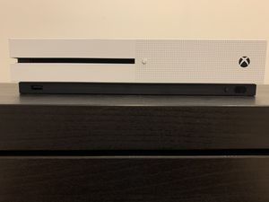 XBOX ONE S WITH CONTROLLER AND 2K20 for Sale in Duluth, GA