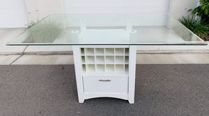 White Wine Rack Kitchen Bar Height Table for Sale in Fresno, CA