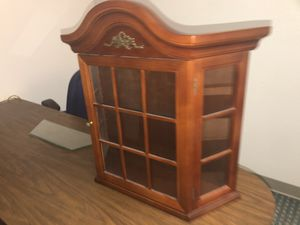 Curio cabinet for Sale in Gresham, OR