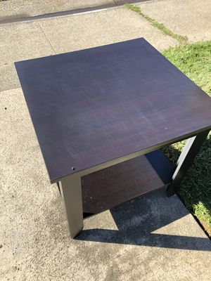 End Table for Sale in Galt, CA