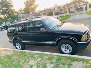 96 Chevy Blazer for Sale in Los Angeles, CA