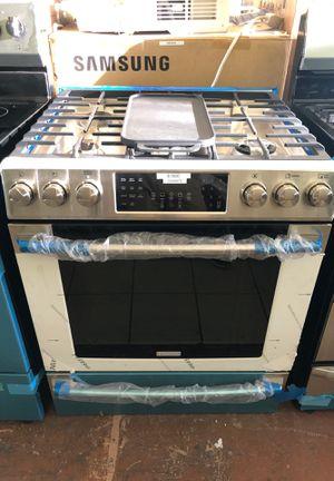 Electrolux stainless steel 5 burner gas range for Sale in San Jose, CA