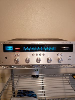 Marantz Stereophonic Receiver model 2220 for Sale in Santa Ana, CA