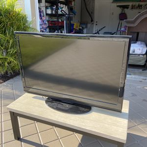 "46"" Dynex TV for Sale in West Palm Beach, FL"