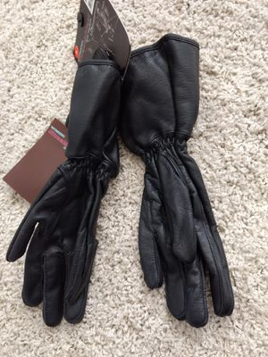 Women's leather motorcycle gloves for Sale in Charlotte, NC