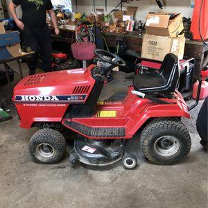 Honda HT3813 liquid Cooled Riding Mower. 38 Inch Cut. for Sale in Chesapeake, VA