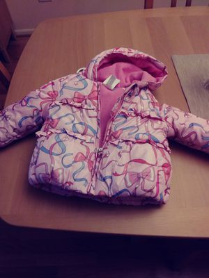 12 mo girl jacket very warm with hood for winter for Sale in Niles, IL