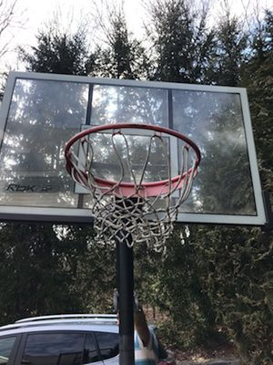 Basketball hoop and stand for Sale in Easton, CT