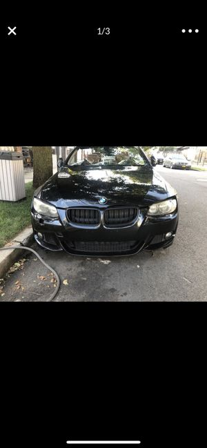 Bmw front bumper e92 ,e93 coupe or convertible 335i or 328i for Sale in Queens, NY