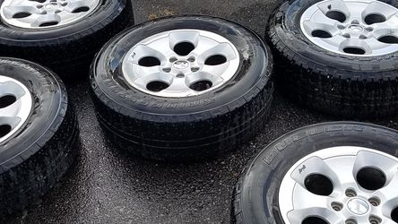 JEEP TIRES & WHEELS for Sale in Puyallup,  WA