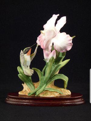 Home Interiors Masterpiece Bone China HUMMINGBIRD Bird Figurine - with / Base for Sale in El Segundo, CA