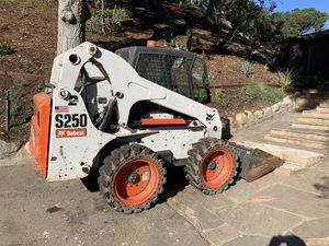 Bobcat s250 for Sale in Inglewood, CA