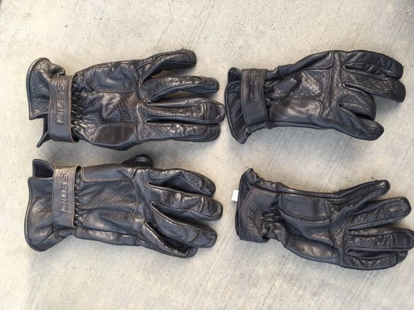 Motorcycle rain gear overall and leather gloves