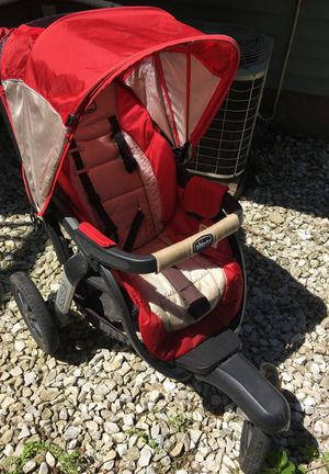 Chicco stroller for Sale in Pittsburgh, PA