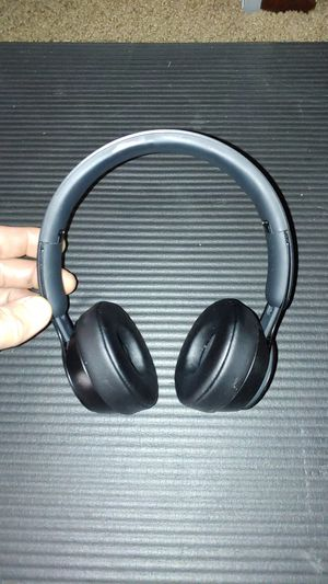 Like new Beats Solo pro Bluetooth headphones for Sale in Tacoma, WA