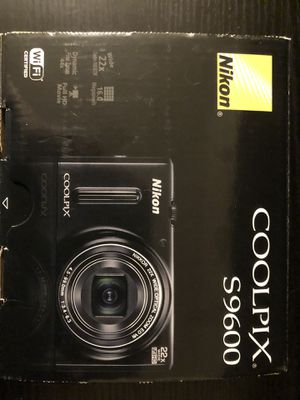 Nikon Coolpix S9600 digital camera 16 MP for Sale in Seattle, WA