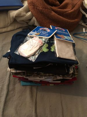 Free baby clothes for Sale in Los Angeles, CA