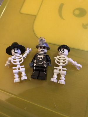 Halloween Legos mini Figures One skeleton missing an arm $12 takes all 3 for Sale in Hollywood, FL