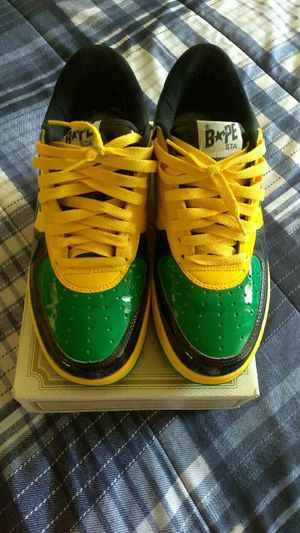 Size 9.5 bapes 100% authentic for Sale in Pittsburgh, PA