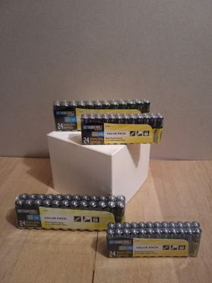 24-AA and 24-AAA Batteries $4 each pack for Sale in Greenbelt, MD