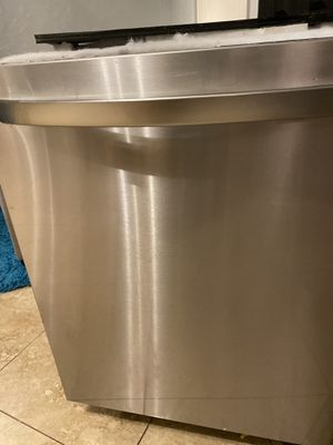 LG STAINLESS STEEL DISHWASHER for Sale in Clearwater, FL