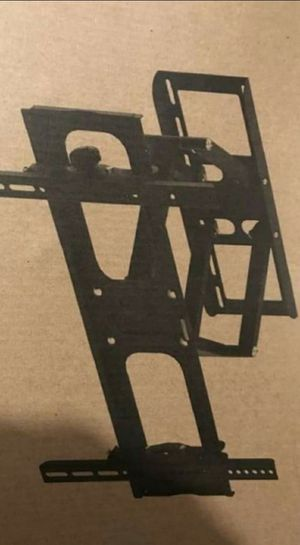 Articulating full motion tv wall mount 24 to 60 inch for Sale in Plano, TX