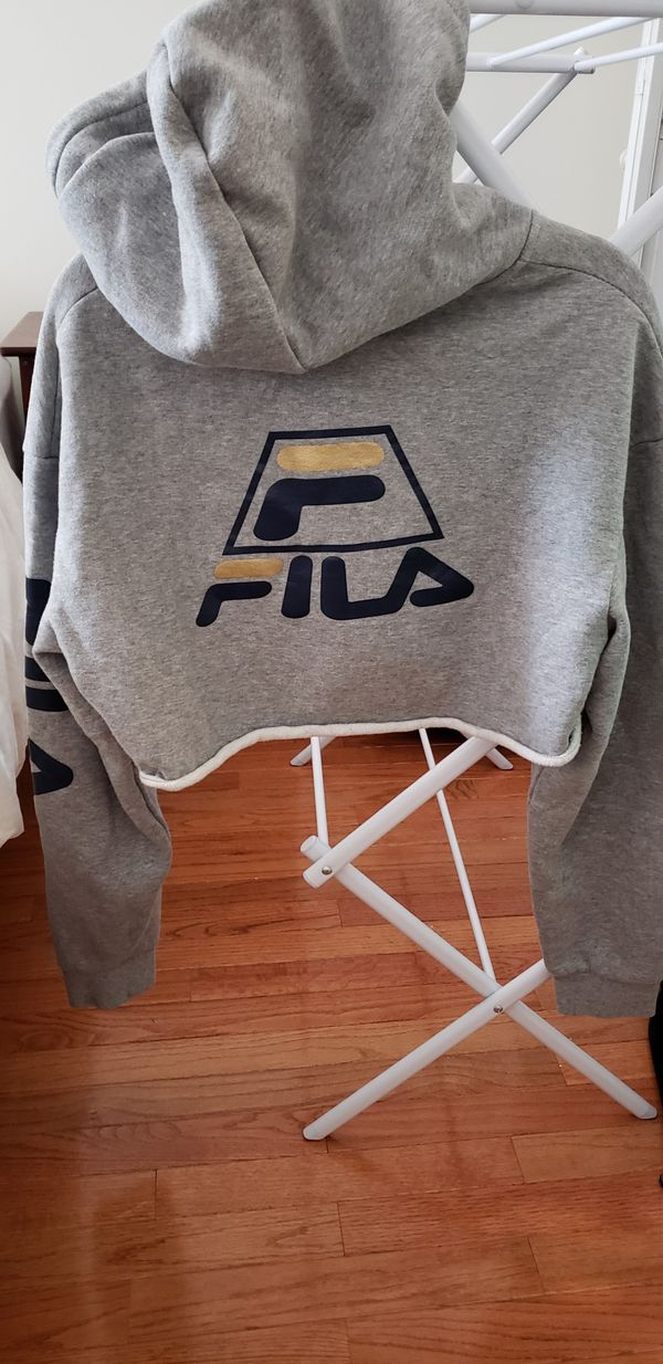 FILA cropped hoodie (Urban Outfitters)