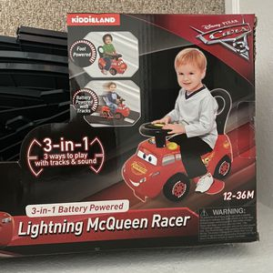 Lightning McQueen Race Car With Tracks for Sale in St. Petersburg, FL