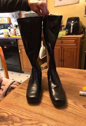 Women's boots for Sale in Niagara Falls, NY