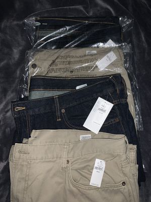 4 Pairs Brand New Men's Old Navy Jeans 44X30 for Sale in Upland, CA