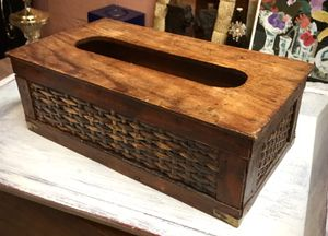 Vintage Rattan Wicker & Bamboo Tissue Box Holder/Cover! for Sale in Winston-Salem, NC