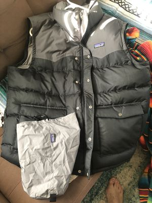 Patagonia puffer down vest XL for Sale in Oakland, CA