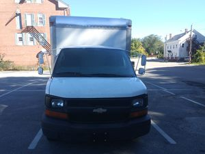 2007 Chevy express box truck for Sale in Blackstone, MA
