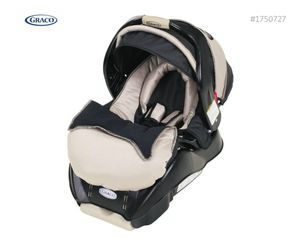 Graco snugride Classic Connect infant car seat #1750727 for Sale in Staten Island, NY