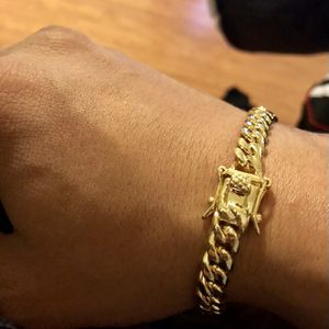 """14kmgl(gold-filled not plated or stainless ) 10mm Cuban Link Bracelet Size 8"""" , includes warranty for Sale in Tampa, FL"""