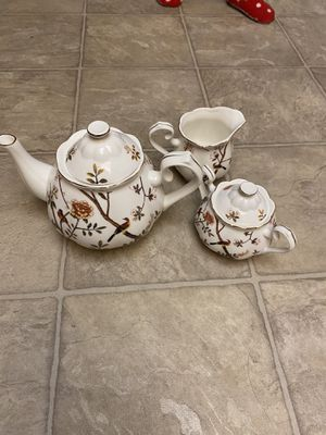 Teapot set new for Sale in San Diego, CA