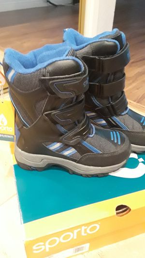 Snow boots for kids, brand new. for Sale in Riverside, CA