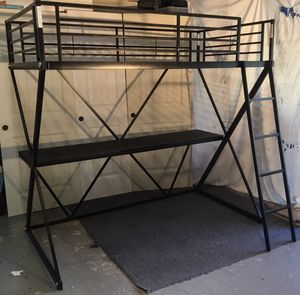 Twin Bunk Bed with desk for Sale in Poway, CA