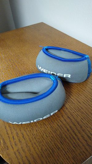 Weider 2 lbs wrist weights for Sale in Addison, IL
