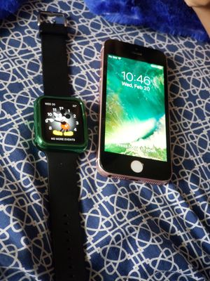 Apple watch 1 42mm Y un iPhone se for Sale in Washington, DC