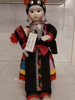 Vintage Meo Mong Handmade Porcelain Doll for Sale in Troutdale,  OR