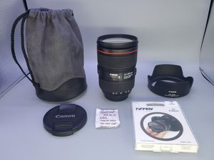 Canon ef 24-105mm f4L version II for Sale in Glendale Heights, IL